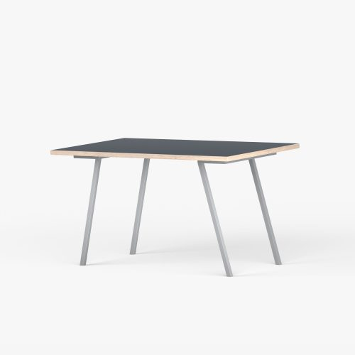 Desk-eg-graa-vinkel-1