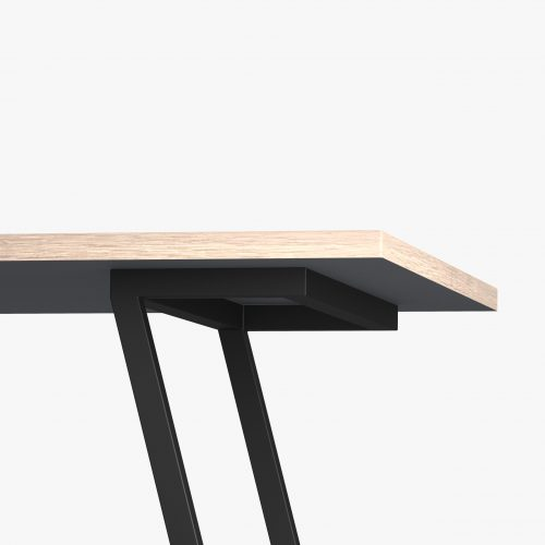 Desk-eg-sort-Vinkel 7