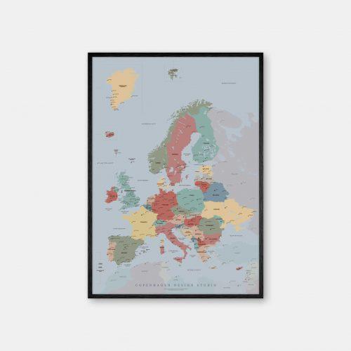 Europakort-plakat-blaa-Copenhagen-Design-Studio-sort-ramme