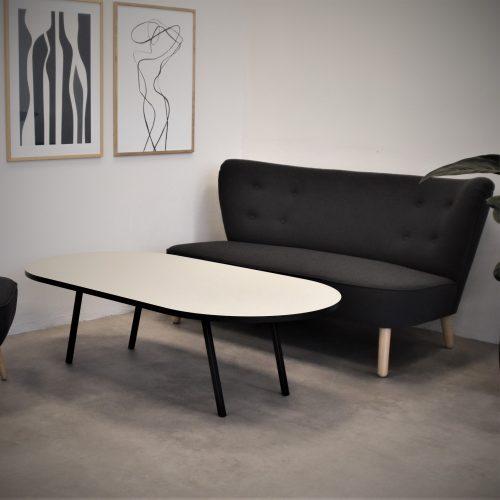 Lounge table medieum sort kant pebble TAB sofa