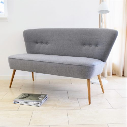 Stay-in-Touch-lounge-sofa-lysegraa-1