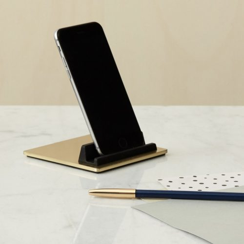 TILE-Brass-Ipad-Iphone-Holder-Design-Flot-holder-Domusnord-1