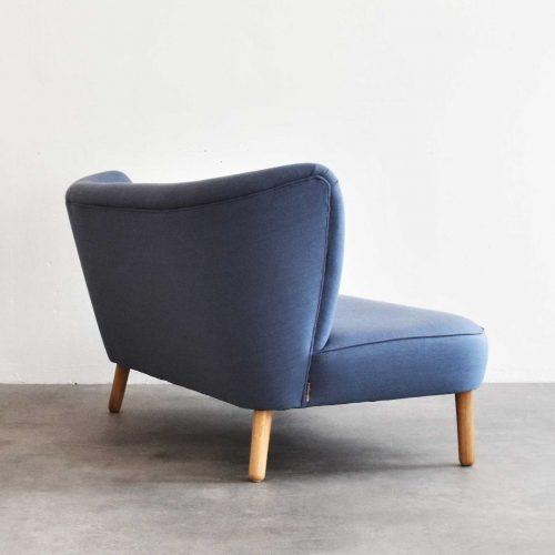 Take-a-Break-Sofa-Loungesofa-lounge-Powder-blue-back