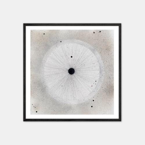 Winsløv-Sand-Circle-Plakat-Sort-Ramme-50x50-D