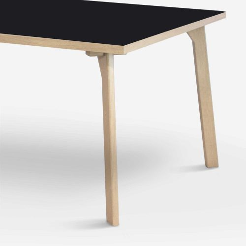 room-XL-table-legs-oak-black-zoom